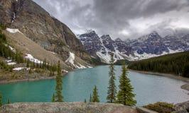 Lago moraine, Banff Fotos de Stock Royalty Free