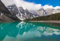 Lago moraine, Canadá imagem de stock