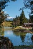 Lago Mosigo in San Vito di Cadore dentro paesaggio italiano delle alpi delle dolomia Fotografie Stock
