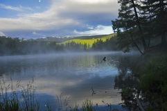 Lago mountain al tramonto Immagine Stock Libera da Diritti