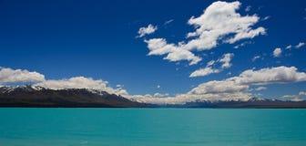 Lago mountain de la turquesa Imágenes de archivo libres de regalías