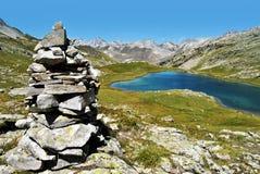 Lago mountain de Lauzanier, Francia Foto de archivo libre de regalías