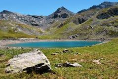 Lago mountain de Lauzanier, Francia Imagen de archivo libre de regalías