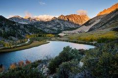 Lago mountain di caduta Immagine Stock