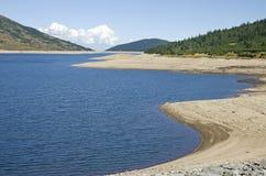 Lago mountain durante sequía Foto de archivo
