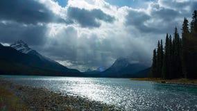 Lago mountain em Canadá video estoque