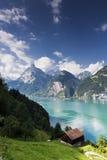 Lago mountain em Switzerland imagens de stock royalty free