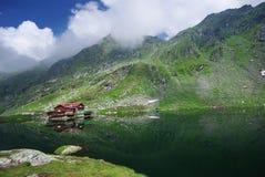 Lago mountain en Cárpatos Fotografía de archivo