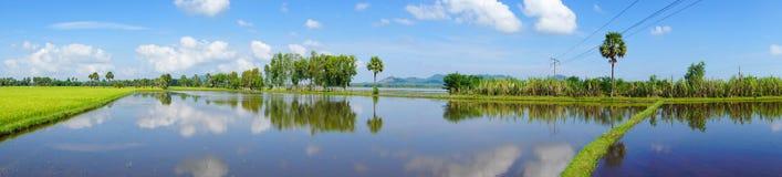 Lago mountain en la ciudad de Chau doc. foto de archivo
