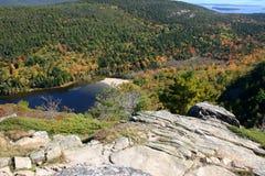 Lago mountain en Maine - pase por alto Foto de archivo