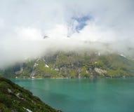 Lago mountain nelle alpi Immagini Stock