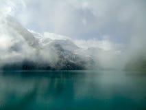 Lago mountain nelle alpi Immagine Stock