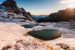 Lago mountain nelle alpi delle dolomia Immagini Stock