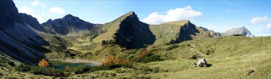 Lago mountain nelle alpi di Allgaeu nel Tirolo Immagini Stock Libere da Diritti