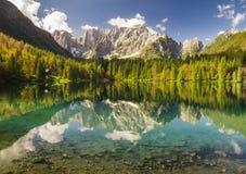 Lago mountain nelle alpi italiane Fotografia Stock Libera da Diritti