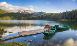 Lago mountain nelle alpi italiane Immagini Stock