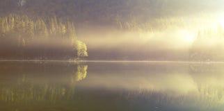 Lago mountain nelle alpi italiane, retro colori, annata Fotografia Stock Libera da Diritti