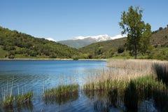 Lago mountain no Pyrennes Imagens de Stock