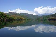 Lago mountain su Sunny Day Fotografia Stock