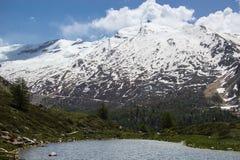 Lago mountain vicino al Cervino Fotografie Stock