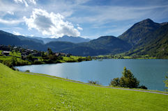 Lago mountains Imagem de Stock