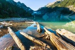 Lago mountains Fotos de archivo