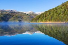 Lago mountains Imagen de archivo libre de regalías