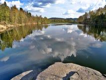 Lago Mseno, Jablonec nad Nisou, repubblica Ceca immagine stock