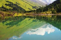 Lago na montanha de Siguniang Imagem de Stock Royalty Free