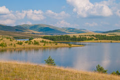 Lago na montanha de Zlatibor fotos de stock royalty free
