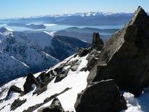 Lago Nahuel Huapi na luz do sol do inverno Fotografia de Stock Royalty Free