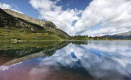 Lago nas dolomites - Itália Colbricon Foto de Stock Royalty Free