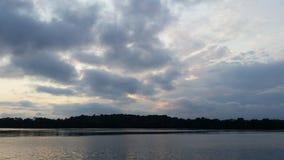 Lago nebuloso imagens de stock royalty free