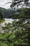Lago negro en parque nacional fotos de archivo