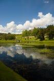 Lago nei giardini del castello Fotografie Stock