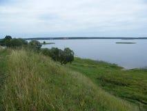 Lago nel campo di estate Fotografia Stock Libera da Diritti