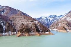 Lago nel Caucaso, bacino idrico mountain di Inguri Fotografia Stock