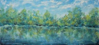 Lago nel legno contro il cielo con le nuvole Alberi riflessi in acqua illustrazione di stock