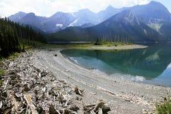 Lago nel paese di Kananaskis - Alberta - Canada fotografie stock libere da diritti