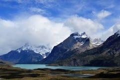 Lago nel parco nazionale nella Patagonia, Cile di Torres del Paine Fotografia Stock Libera da Diritti