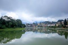 Lago nella città di Sapa fotografia stock