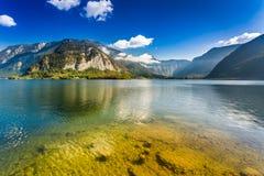Lago nelle alpi, Hallstatt Immagine Stock Libera da Diritti