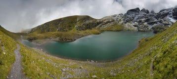 Lago nelle alpi svizzere - Wangser vede Fotografia Stock