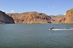 Lago no deserto Imagem de Stock Royalty Free
