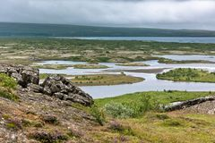 Lago no parque nacional de Pingvellir, Islândia Foto de Stock