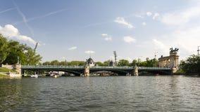 Lago no parque Varosliget da cidade - parque público em Budapest perto do centro de cidade O parque da cidade era o local de enco foto de stock