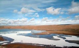 Lago no platô tibetano Fotos de Stock Royalty Free