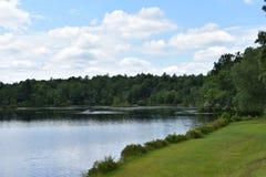 Lago no Poconos imagens de stock