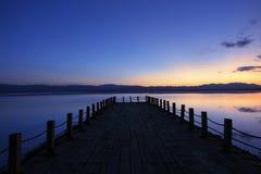 Lago no por do sol Imagens de Stock