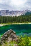 Lago nos cumes Foto de Stock Royalty Free